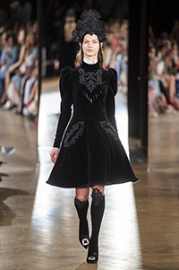 YANINA Couture - AW19 (YDA Agence)